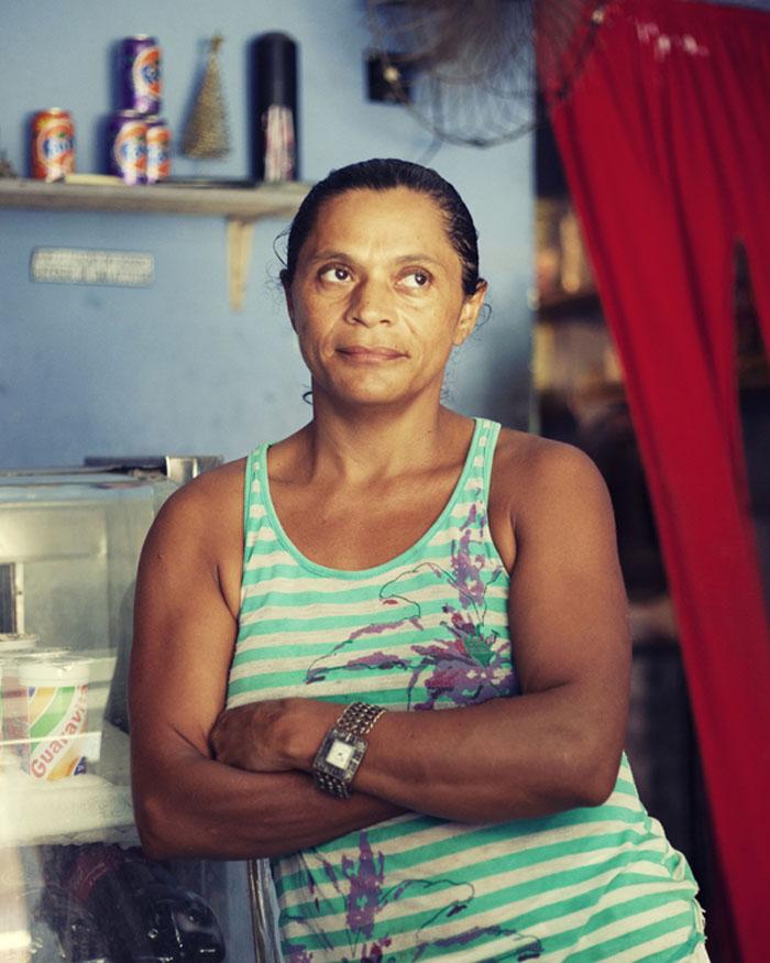 Isabel, a restaurant owner in Alemão