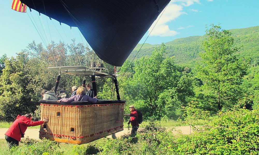 Moving the Vol de Coloms vballoon