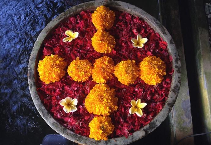 Flower offering, Kayma Spa