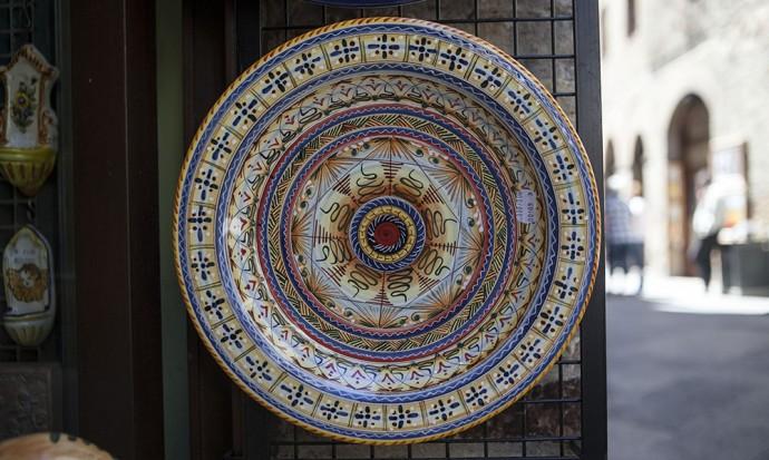 Mandala plate in San Gimiano