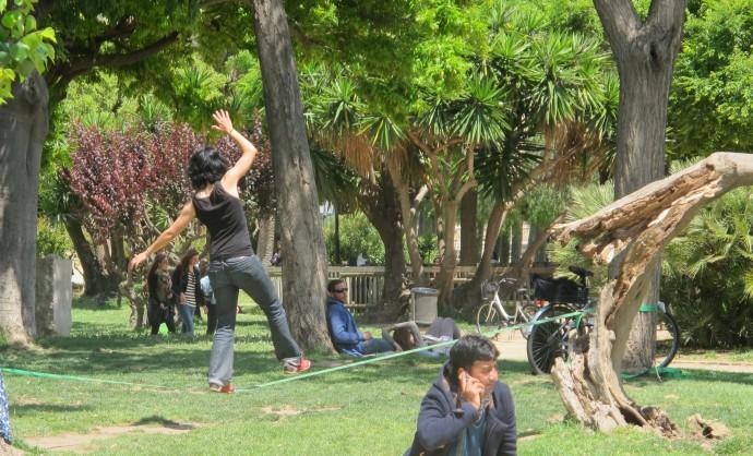 Slacklining in Parc de la Ciutadella