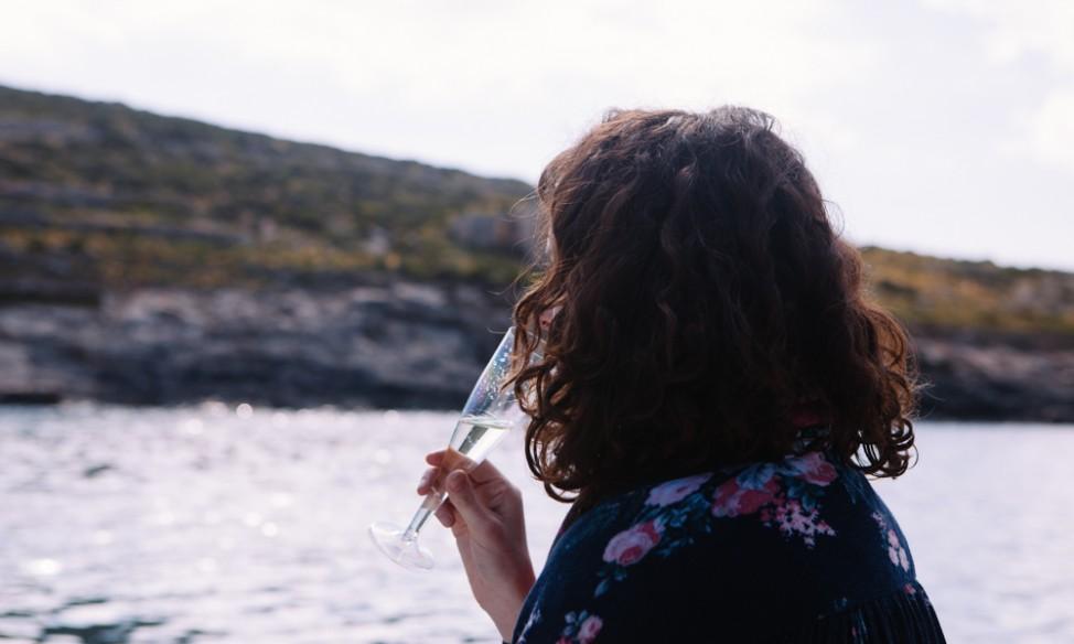 Champagne on boat trip Comino