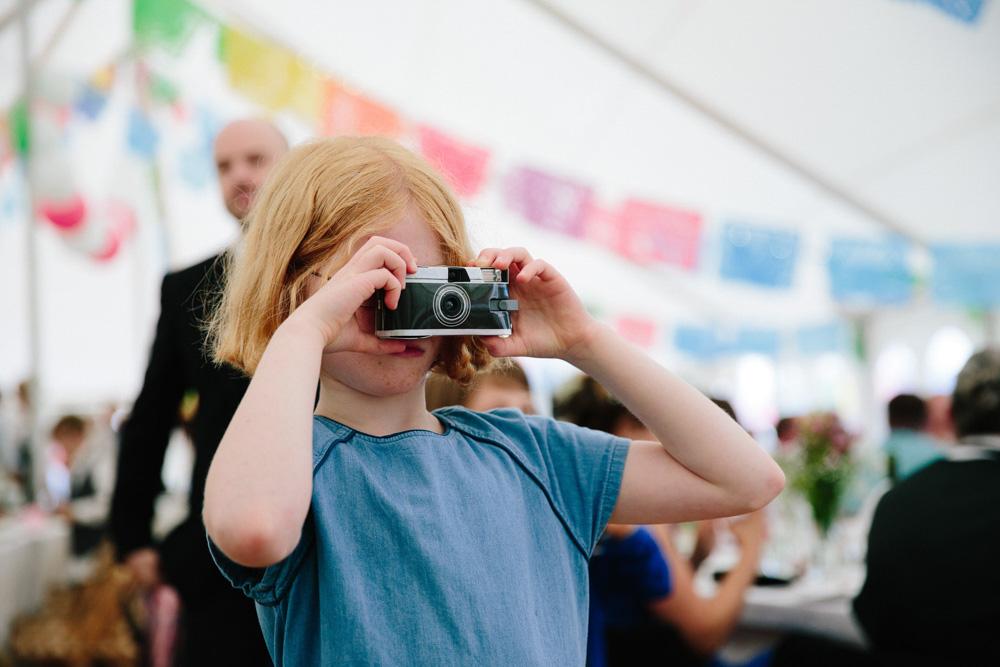 Camera i-spy game for wedding