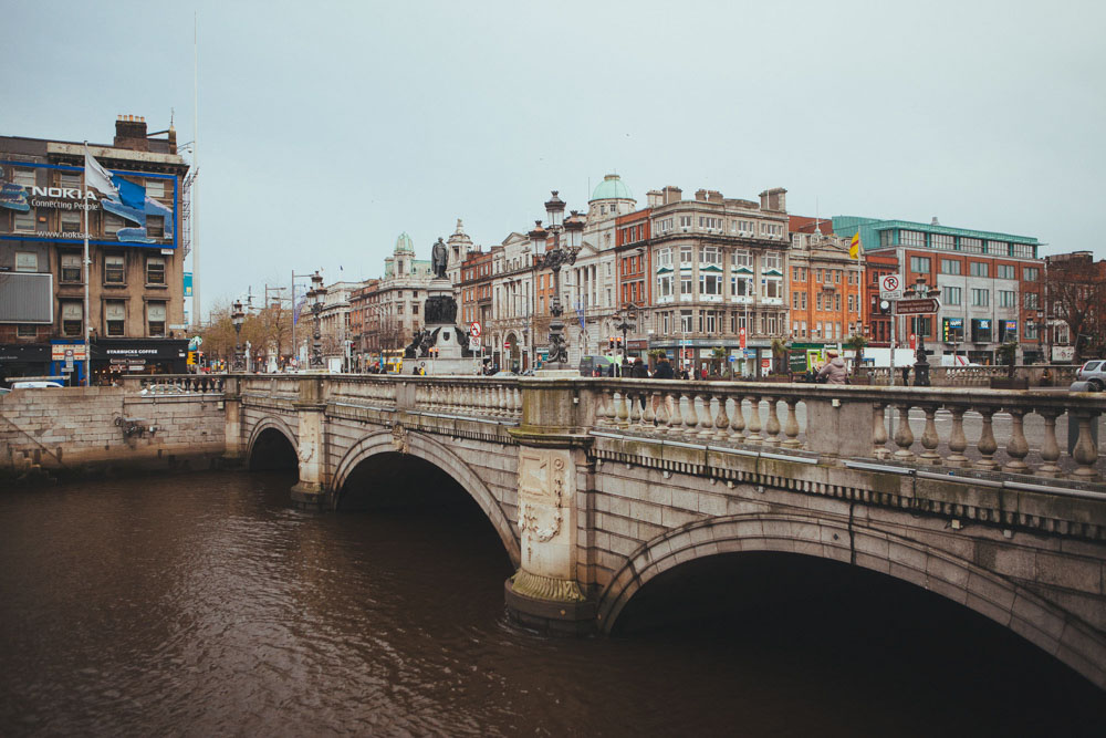 Dublin travel tips: Visit Ha'Penny Bridge
