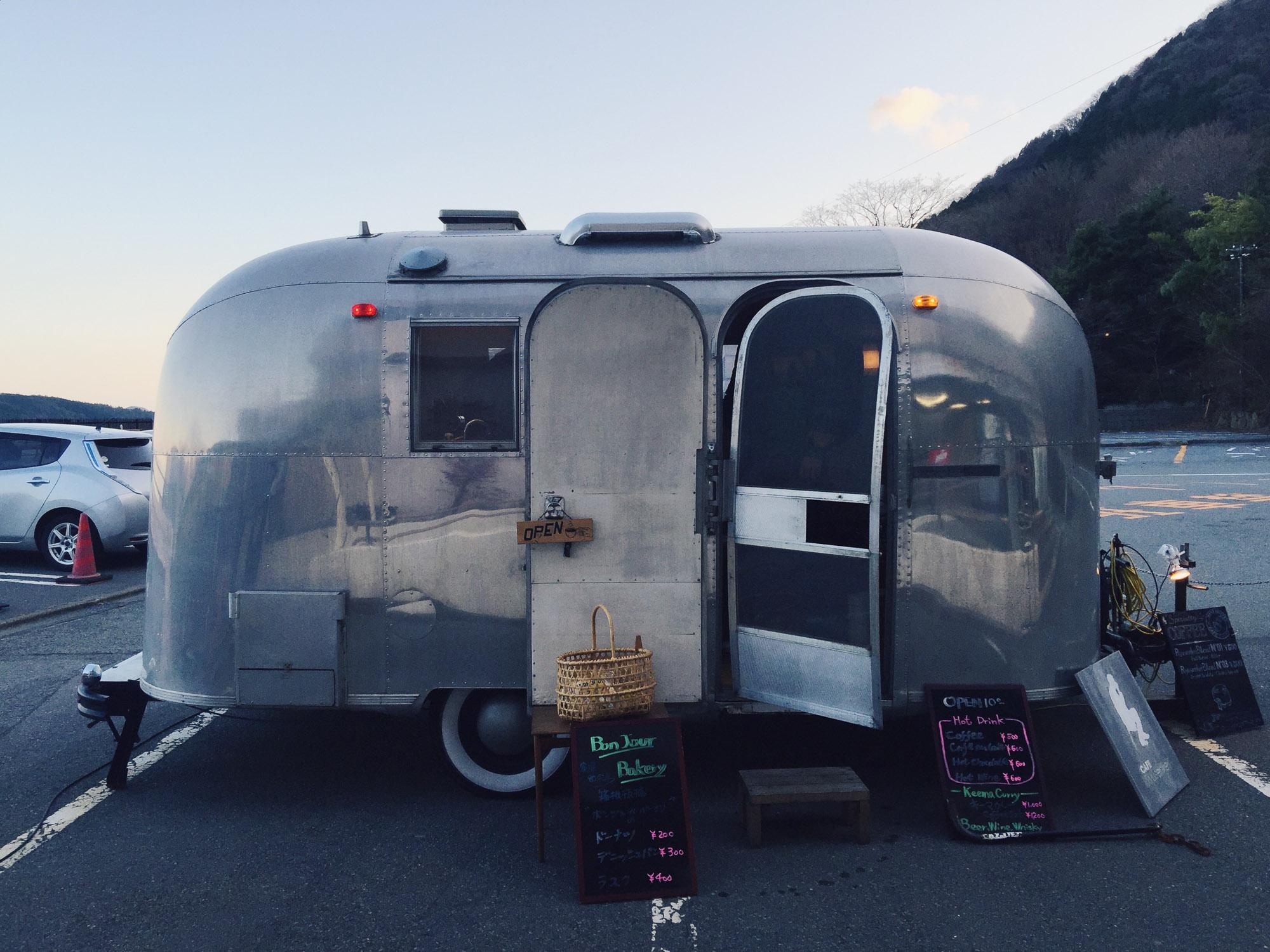 Instagramming Japan - caravan cafe in Hakone