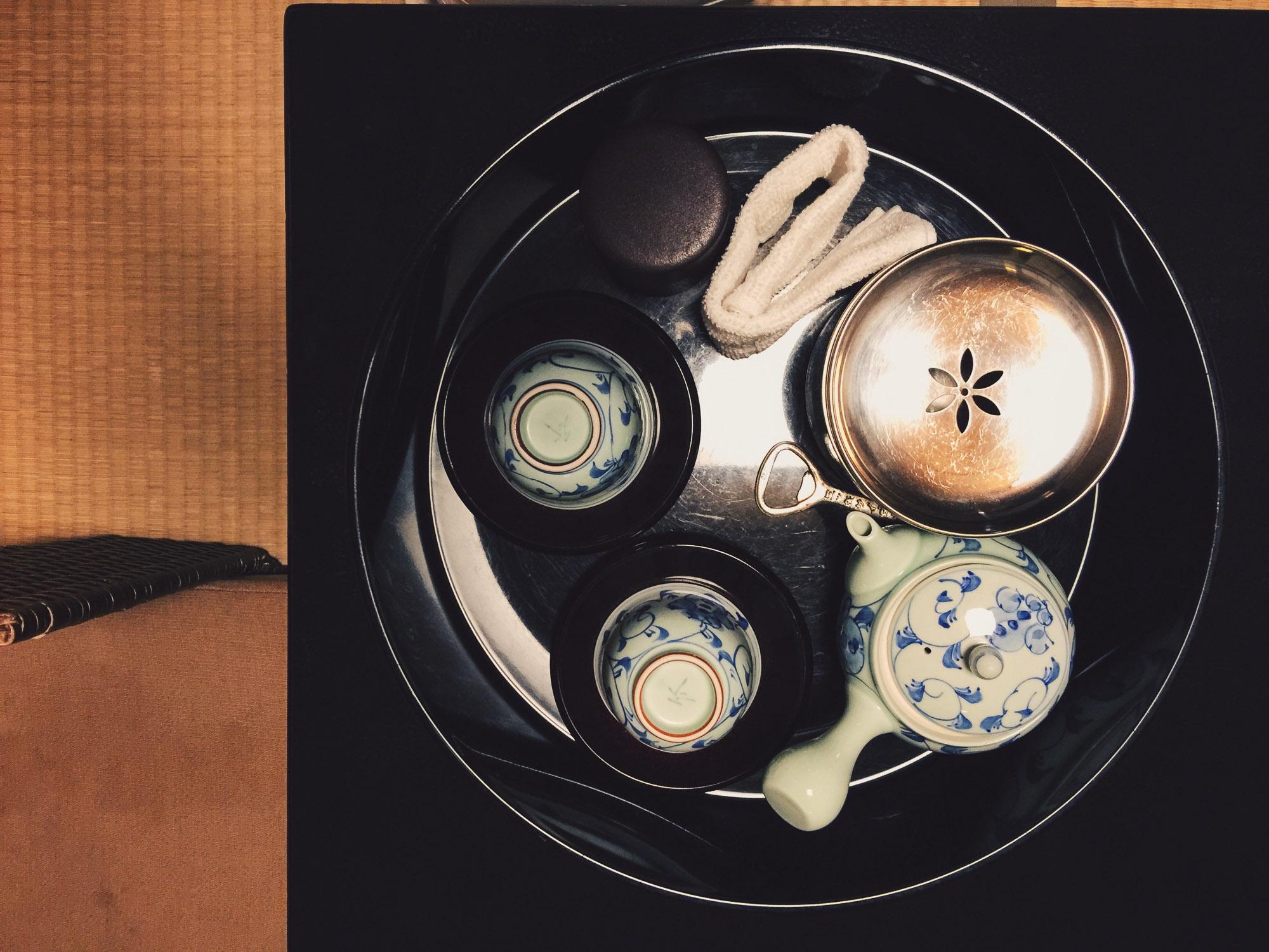 Instagramming Japan - Tea set