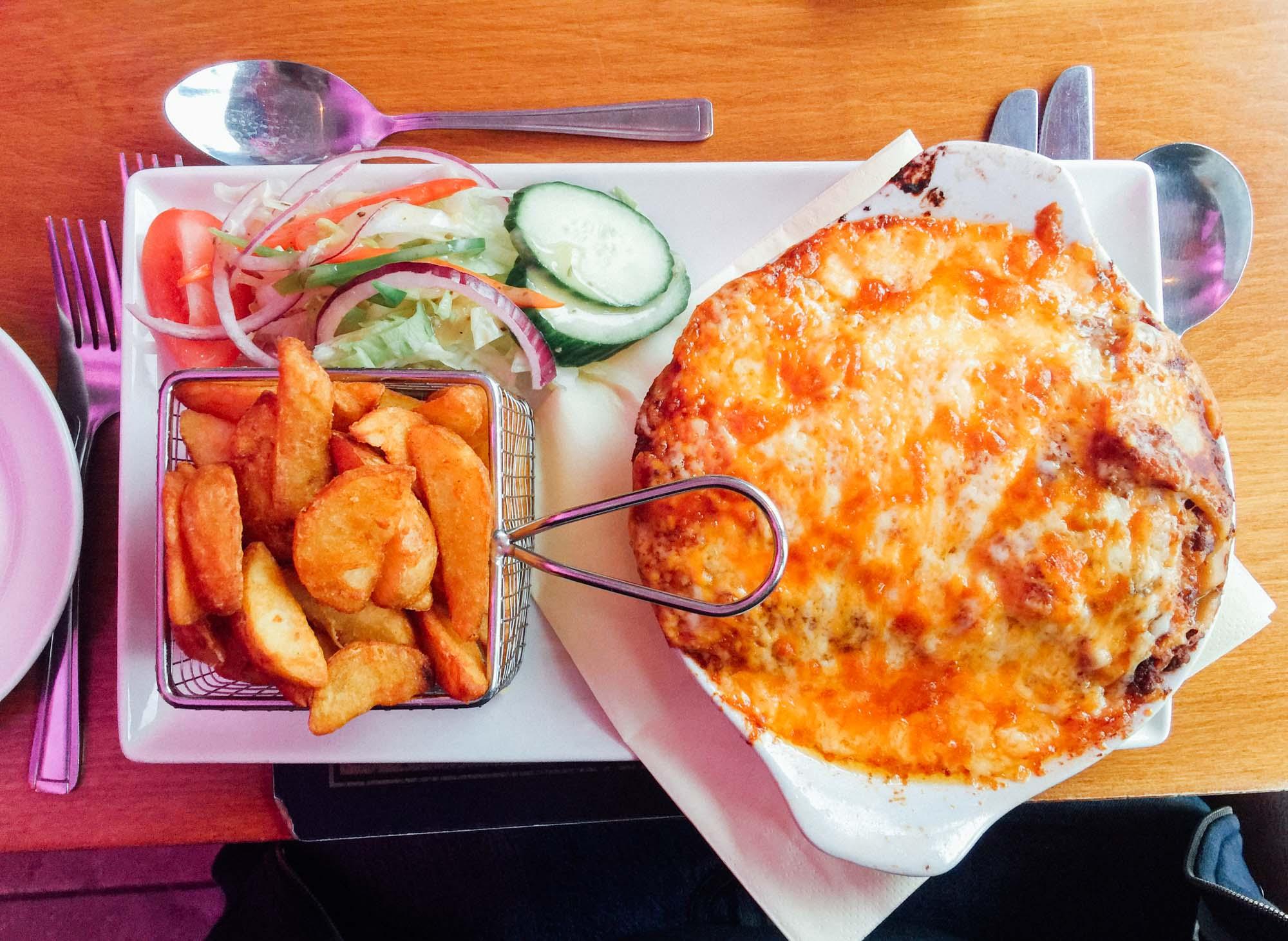 Food at the Ardlui Hotel