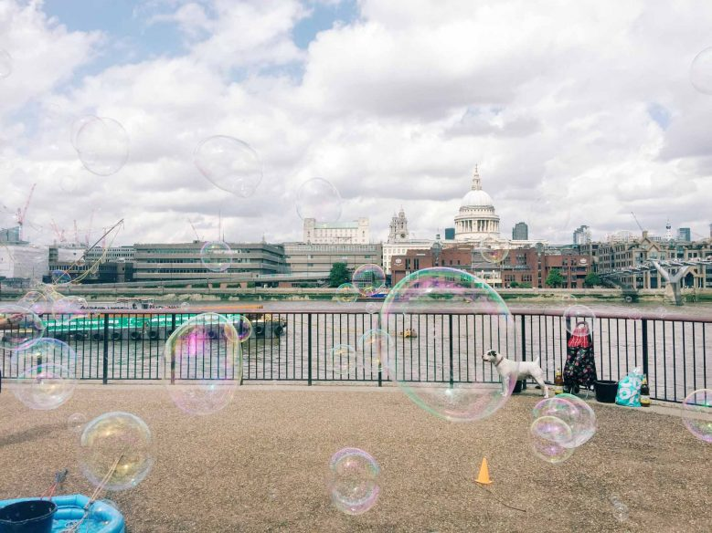 Best places to Instagram in London - Bubbles near St. Pauls