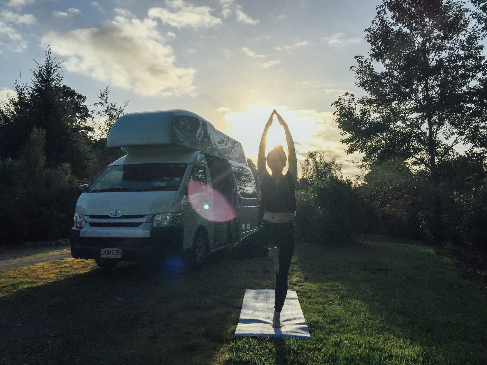 How to choose a campervan in New Zealand - Britz HiTop