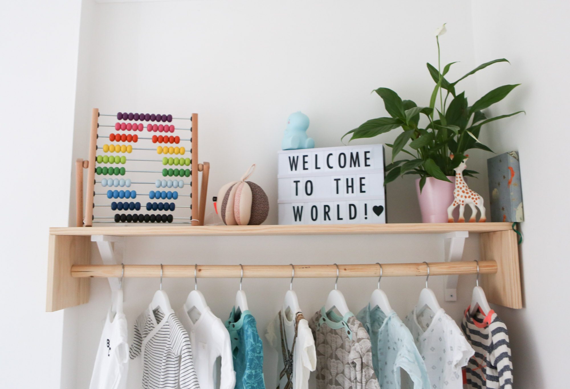 Travel themed nursery - shelves