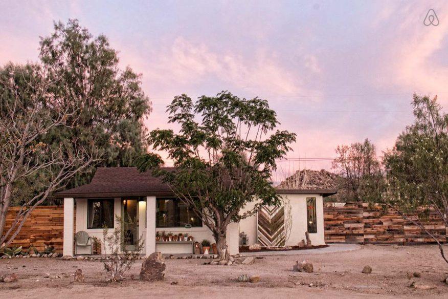 Joshua Tree AirBnB: Cabin Cabin Cabin