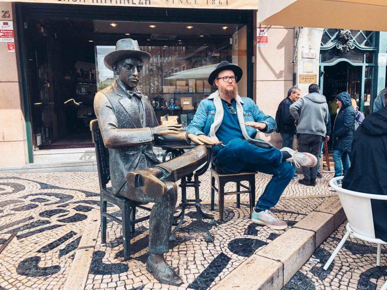 Pessoa statue, Lisbon