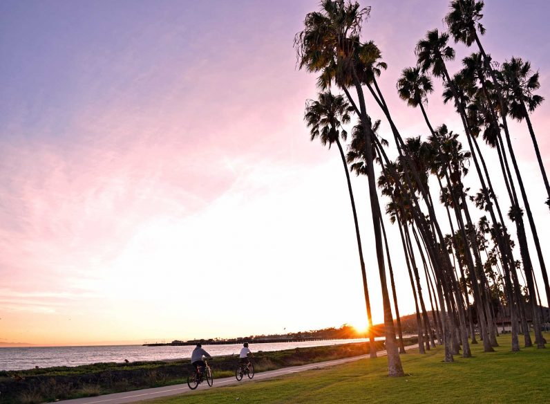 Santa Barbara Itinerary: Ride bikes along boulevard