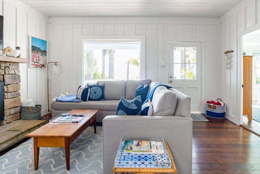 AIrbnb Santa Barbara - Beachy Blue Hideaway
