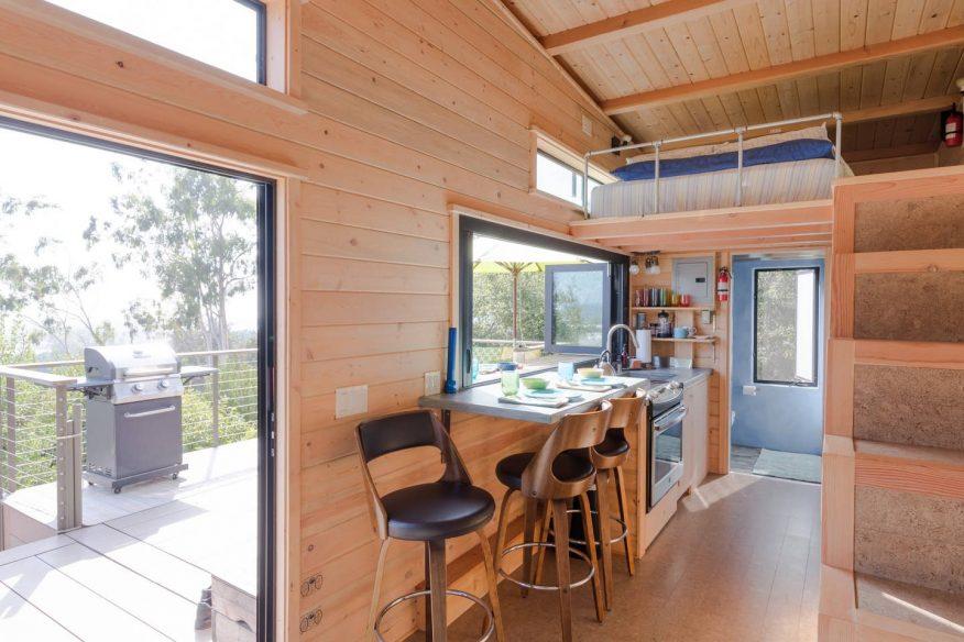 Ocean View Tiny House - Airbnb Santa Barbara