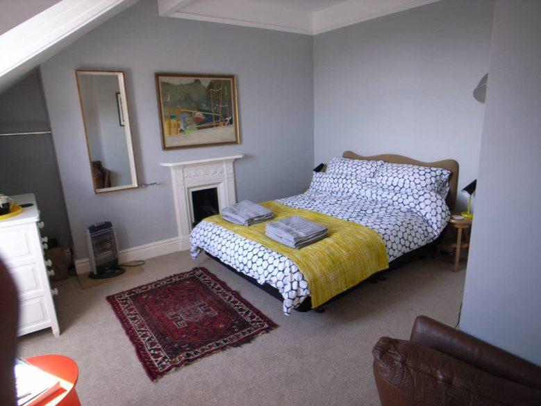 Stylish City Loft - York Airbnb