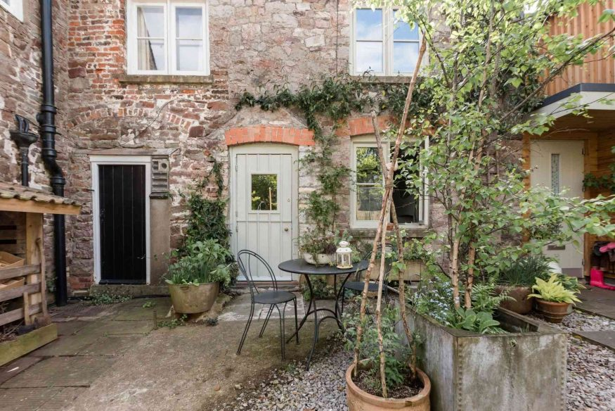 Airbnb Bristol -Buttercliffe Cottage
