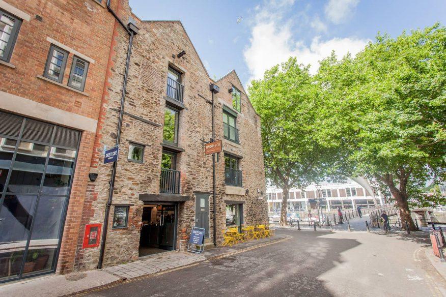 Airbnb Bristol - Harbourside Apartment