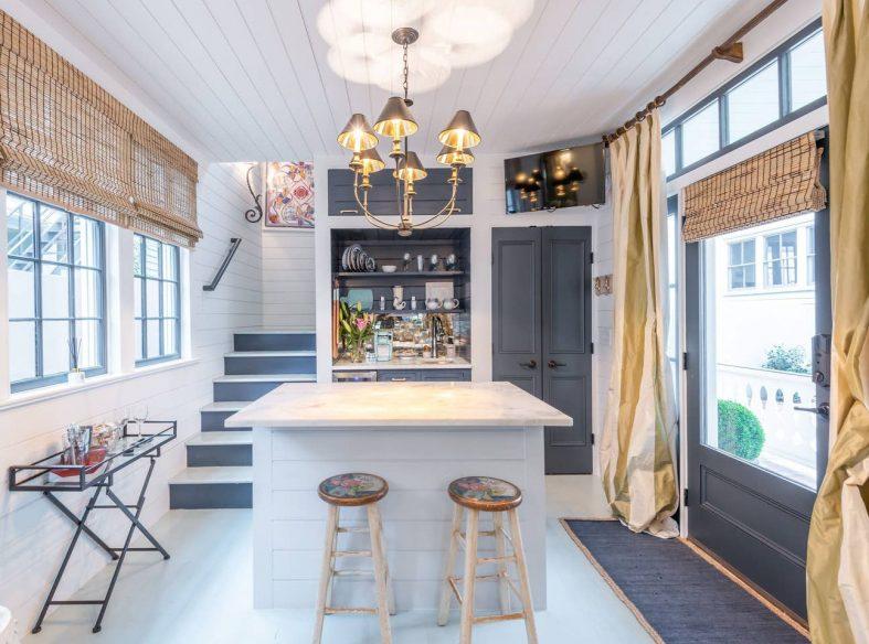 Little Pink House - Airbnb Charleston