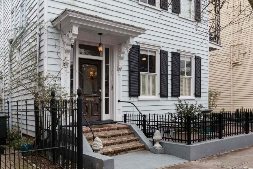 Old Meets New Historic Apartment - Airbnb Charleston