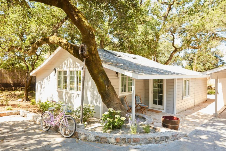 Sophisticated Wine Country Cottage -Airbnb Sonoma