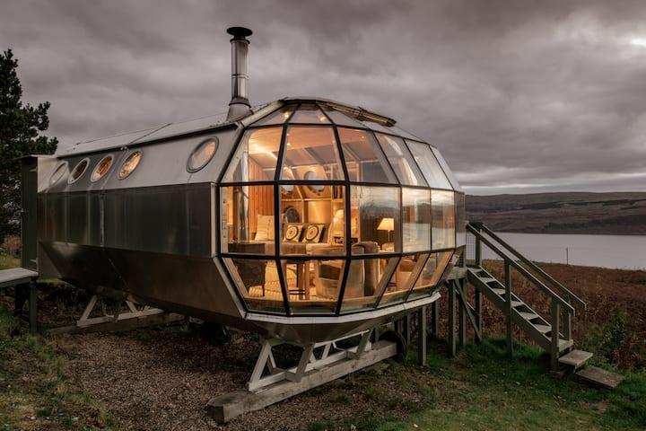 Airship 2 Best Airbnb UK